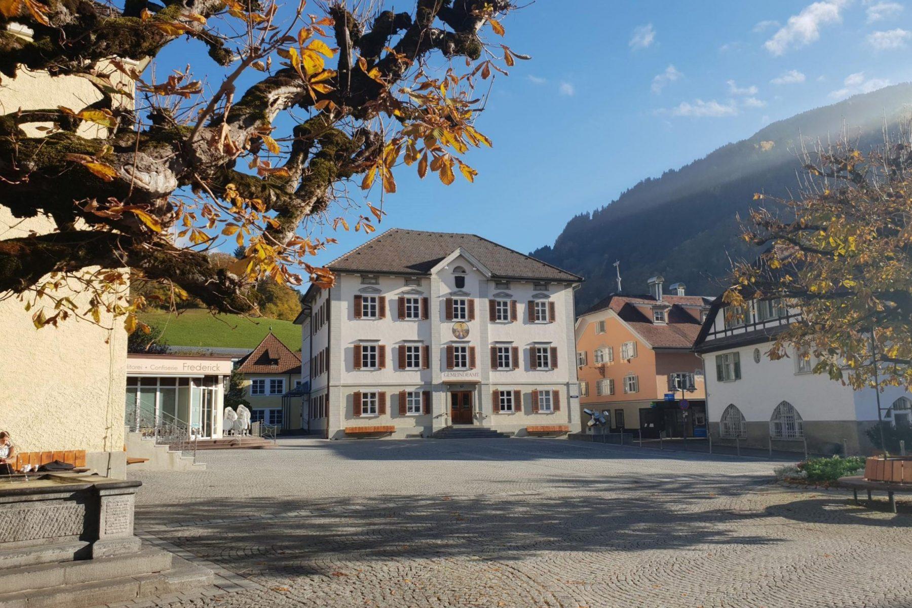 Gemeindeamt-Schruns-Außenaufnahme-1